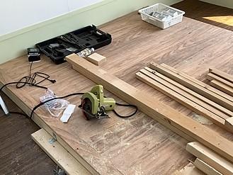お店の床を作る